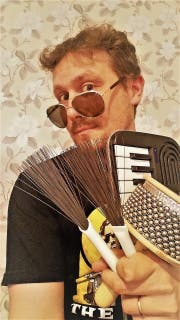 Der Musiker Jan Geiger alias Klebeband. (Bild: PD)