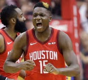 Clint Capela verpasst den NBA-Triumph. (Bild: AP Photo/Eric Christian Smith/AP (Houston, 6. Mai 2019))