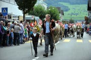 Ennetbürger Alpabzug: Tiere von der Ochsenweid am Buochserhorn kehren zurück. (Bild: Christoph Riebli, 19. September 2015)