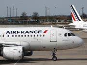 Im Heimmarkt Frankreich schreibt Air France Verlust. Nun streicht die Fluggesellschaft bis zu 465 Stellen. (Bild: KEYSTONE/AP/CHRISTOPHE ENA)