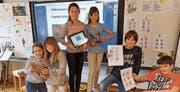 Die Schülerinnen und Schüler haben eine eigene digitale Schnitzeljagd erstellt. (Bild: Benjamin Mazenauer)