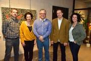Die aktuelle Schulbehörde mit Präsident Benno Rast, Tanja Schild, Thomas Bitschnau, Beat Schenk und Liselore Papadopoulos. (Bild: Mario Testa)
