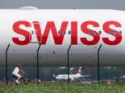 Mehr Passagiere, aber schlechtere Auslastung: Die April-Bilanz der Airline Swiss ist durchzogen. (Bild: KEYSTONE/CHRISTIAN MERZ)