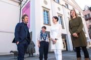 Am Start in die neue Saison: Intendant Benedikt von Peter mit (von links) Johanna Wall (Oper), Kathleen McNurney (Tanz) und Sandra Küpper (Schauspiel).Bild: Dominik Wunderli (Luzern, 14. Mai 2019)