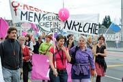 Am 14. Juni kommt es landesweit zum Frauenstreik. Im Bild: Frauenaktionstag vor acht Jahren auf den Luzerner Strassen. (Bild: Maria Schmid, 14. Juni 2011)