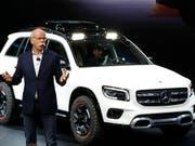 Generationenwechsel an der Daimler-Spitze: Dieter Zetsche tritt nach mehr als 13 Jahren im Amt ab. (Bild: KEYSTONE/EPA/WU HONG)