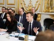Frankreichs Staatspräsident Emmanuel Macron und die neuseeländische Premierministerin Jacinda Ardern am Mittwoch am «Christchurch-Gipfel» in Paris, bei dem sie dem Online-Terror den Kampf ansagten. (Bild: Keystone/EPA REUTERS POOL/CHARLES PLATIAU / POOL)