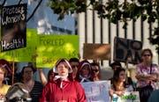 Aktivistinnen demonstrieren in Montgomery/Alabama gegen das Abtreibungsverbot. (Mickey Welsh/AP, 14. Mai 2019)