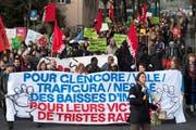 Am 26. März 2019 ging während der Fachtagung der Rohstoffbranche in Lausanne die Demonstranten für die Konzernverantwortungs-Initiative auf die Strasse. (Bild: Laurent Gillieron/Keystone)