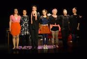 Jasmin Willi, Carmen Gantner, Julia Koweindl, Livia Rohrer, Aline Rohrer, Robin Kühn und Lina Strässle begeisterten das Publikum. (Bild: Christian Imhof)