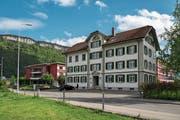 3,9 Millionen Franken soll der Umbau des Centro direkt neben der Stiftung Weidli kosten. (Bild: Eveline Beerkircher, Stans, 15. Mai 2019)