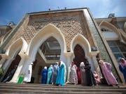 Vor dem Gericht in Salé nahe der marokkanischen Hauptstadt Rabat. (Bild: KEYSTONE/AP/MOSA'AB ELSHAMY)