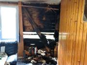 Der Brand entstand in der Wand des Mehrfamilienhaus. (Bild: Kapo)