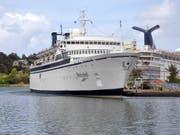 Bei einem Schiff der Sekte Scientology ist die Quarantäne wegen Masern aufgehoben worden. (Bild: KEYSTONE/EPA EFE/ERNIE SOON)