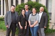 Spannende Diskussionen geführt: Florian Tanner, Isabel Schorer, Marcel Dobler, Stephanie Lippuner und Martin Sulser. (Bild: Christian Imhof)