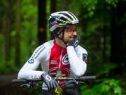 «Vielleicht ist er plötzlich weg, auf der Strasse»: Nino Schurter traut seinem Herausforderer Mathieu van der Poel alles zu - auch eine grosse Karriere auf der Strasse (Bild: KEYSTONE/PETER KLAUNZER)