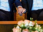 Taiwan führt als erstes asiatisches Land die Homo-Ehe ein. (Bild: Keystone/DPA/AXEL HEIMKEN)