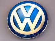 Die Aufstockung ihrer Anteile an Volkswagen hat der VW-Dachgesellschaft Porsche SE einen Gewinnsprung beschert. (Bild: KEYSTONE/EPA/STEPHANIE LECOCQ)