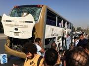 Bei der Explosion in der Nähe von Gizeh wurden mehrere Menschen verletzt. (Bild: KEYSTONE/EPA/MOHAMED HOSSAM)