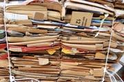 Bei Gewerbe und Industrie fallen oft riesige Mengen an Karton an. In Gossau werden diese künftig regelmässig abgeholt. (Bild: Gush Dan/Getty)