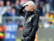 In der jüngeren Vergangenheit lief bei Dortmund nicht alles rund, aber das Vertrauen der Vereinsführung besitzt Lucien Favre weiterhin (Bild: KEYSTONE/EPA/FRIEDEMANN VOGEL)