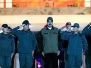 Venezuelas Präsident Nicolás Maduro bei einer Zeremonie mit Soldaten in Caracas. (Bild: KEYSTONE/EPA EFE/Press office of Miraflores/HANDOUT HANDOUT)