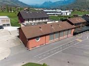Auf dem Dach der Turnhalle 1 (im Vordergrund) plant der Gemeinderat eine Fotovoltaikanlage. (Bild: Roger Grütter (Giswil, 1. Mai 2019))