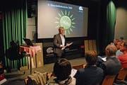 Ralph Böse, Geschäftsführer der Appenzeller Schaukäserei, präsentiert den Geschäftsbericht 2018. (Bild: Karin Erni)