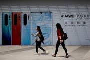 Huawei-Samrtphones sind nicht nur in China beliebt: Der Hersteller ist mittlerweile die Nummer zwei auf der Welt. (Bild: KEY)