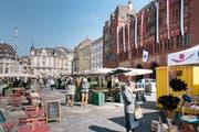 Blick auf den Marktplatz im Zentrum von Basel. (Bild: Christian Beutler/Keystone, Basel, 20. April 2016)