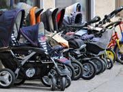 Die Geburt von Sechslingen ist äusserst selten - nach Angaben der Ärzte in Krakau kommt eine Sechslingsgeburt auf 4,7 Milliarden Entbindungen. (Bild: KEYSTONE/AP/UWE LEIN)