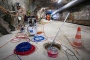 Messinstrumente im unterirdischen ETH-Versuchslabor im Innern des Berges im Bedretto-Tal. (Bild: KEYSTONE/Pablo Gianinazzi)