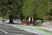 Überschwemmter Spielplatz in Alt St.Johann. (Bild: Timon Kobelt)