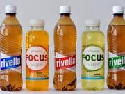 Rivella übernimmt das kleine Zürcher Unternehmen Fluidfocus, das so genanntes Vitaminwasser verkauft. (Bild: KEYSTONE/PPR/WALTER BIERI)