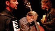 Jazz Tarantella in der Kollegigärtnerei mit (von links) Sven Angelo, Peter Gossweiler, Simon Kessler. (Bild: PD)