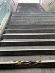 Die beschädigte Treppe von der Brühltor-Unterführung zum Waaghaus. (Bild: Alexandra Pavlovic - 20. Mai 2019)