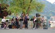 Die Band Metro Monkeys bei ihrem Auftritt an «Musik am Sarnersee» 2016. (Bild: PD)