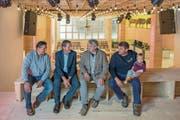 Die Brüder Willi, Werner alias Wetz, Guido und Daniel Zihlmann mit Louise. (Bild: Nadia Schärli, Wolhusen, 14. Mai 2019)
