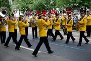 Evolutionen: Marschmusikparade mit einstudierter Choreografie. Im Bild die Musikgesellschaft Bazenheid am «Eidgenössischen» 2011 in St.Gallen. (Bild: Ralph Ribi)