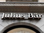 Julius Bär verwaltet mehr als 400 Milliarden Franken an Kundenvermögen. (Bild: KEYSTONE/WALTER BIERI)
