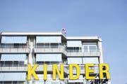 Das Zürcher Kinderspital steht in der Kritik. (Bild: Keystone)