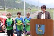 Gemeindepräsidentin Pia Tresch ist stolz auf die neue Sport- und Freizeitanlage. (Bild: Paul Gwerder, 26. Mai 2019)