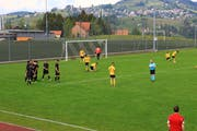 Ein gewohntes Bild in der Saison 2018/19: Der Gegner jubelt, die Spieler des FC Sevelen sind enttäuscht. (Bild: Robert Kucera)