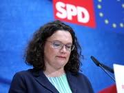 Nach dem Desaster für die SPD bei der Europawahl will sich Partei- und Fraktionschefin Andrea Nahles (im Bild) in der kommenden Woche in der Fraktion vorzeitig zur Neuwahl stellen. (Bild: KEYSTONE/EPA/OMER MESSINGER)