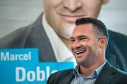 Der FDP Ständeratskandidat Marcel Dobler an der Medienkonferenz. (Bild: Benjamin Manser)