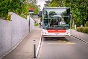 Bus Nummer 10: Die Haltestelle Röteli am Rosenberg wird heute seltener bedient als vor dem Fahrplanwechsel. (Bild: Urs Bucher)