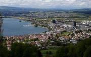 Bick auf die Stadt Zug, aufgenommen vom Blasenberg. (Bild: Stefan Kaiser, 10. Mai 2019)