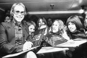 Stationen in Elton Johns Karriere: Vom Popstar der 1970er-Jahre bis zum Liebling in Cannes. (Bild: Bilder: Michael Webb/Getty 20.1.1973), Martin Rütsche/KEY (Lond)