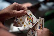 Ob Hildisrieden oder Weggis die besseren Karten hat und den Donnschtig-Jass austragen darf, entscheidet sich am 18. Juli. (Bild: Pius Amrein, 8. Oktober 2018)