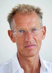 Der Wiener Valentin Groebner ist an der Universität Luzern Geschichtsprofessor für Mittelalter und Renaissance. In seinem neuesten Buch «Retroland» (2018) erforscht er den Geschichtstourismus und die «Sehnsucht nach dem Authentischen». (Bild: Franca Pedrazzetti)